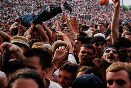 Angry-Crowd